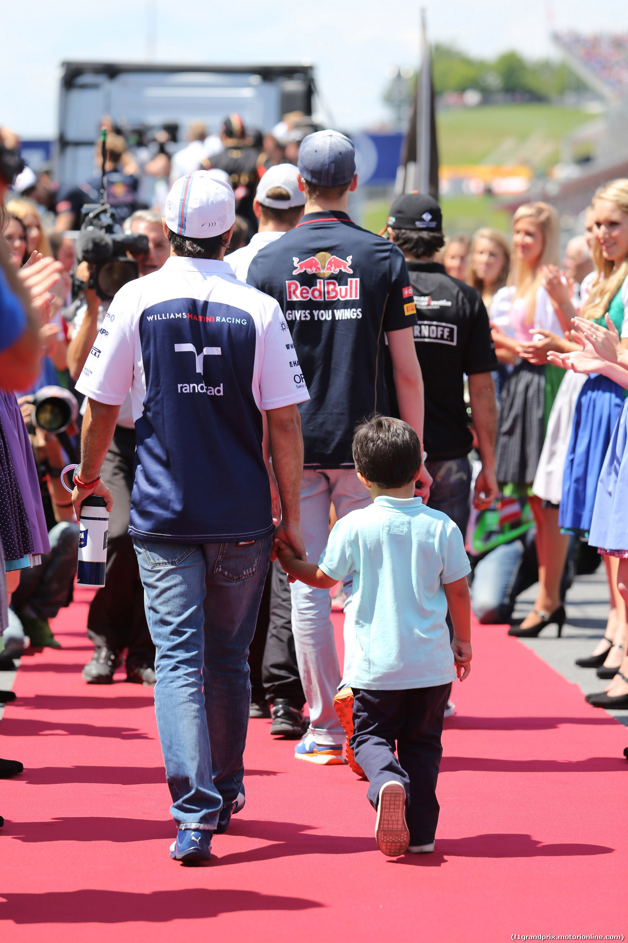 GP AUSTRIA, 22.06.2014- Felipe Massa (BRA) Williams F1 Team FW36 e his son Felipinho