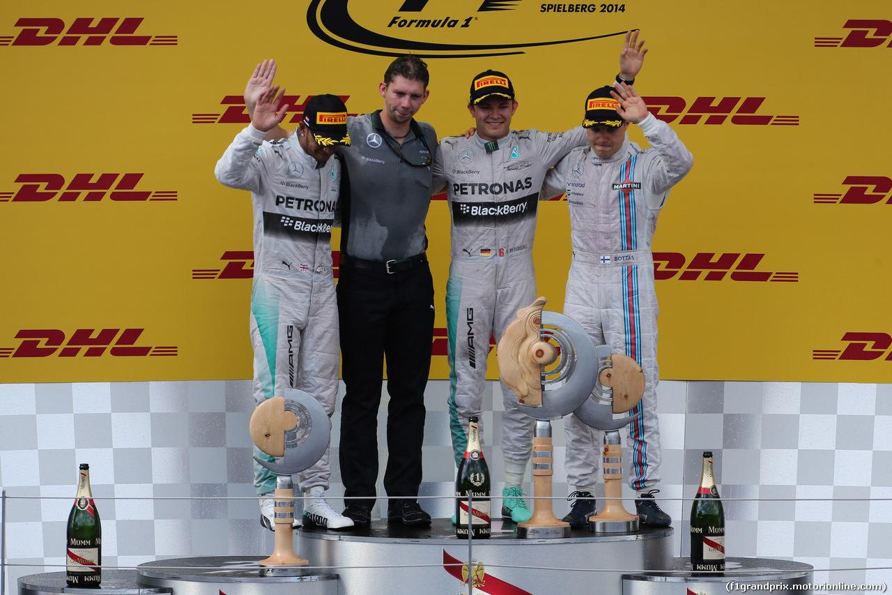 GP AUSTRIA, 22.06.2014- Gara, Nico Rosberg (GER) Mercedes AMG F1 W05 rw, secondo Lewis Hamilton (GBR) Mercedes AMG F1 W05 e terzo Valtteri Bottas (FIN) Williams F1 Team FW36