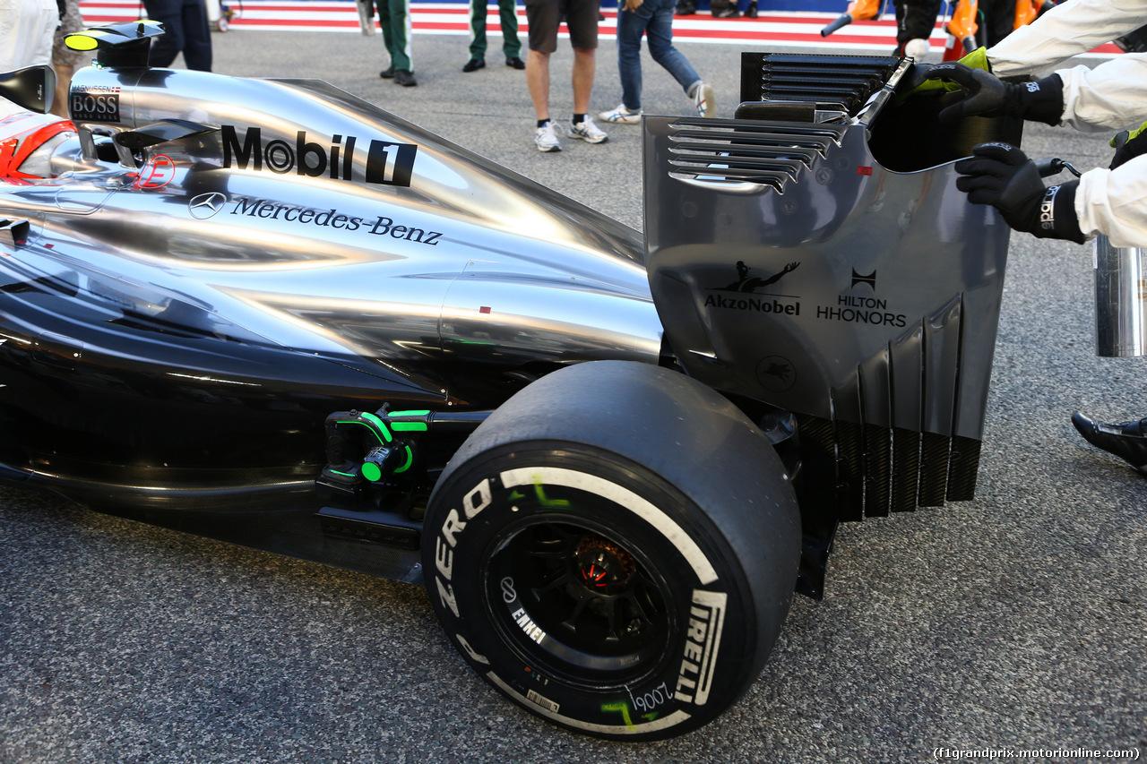 GP BAHRAIN, 06.04.2014- Gara, Kevin Magnussen (DEN) McLaren Mercedes MP4-29