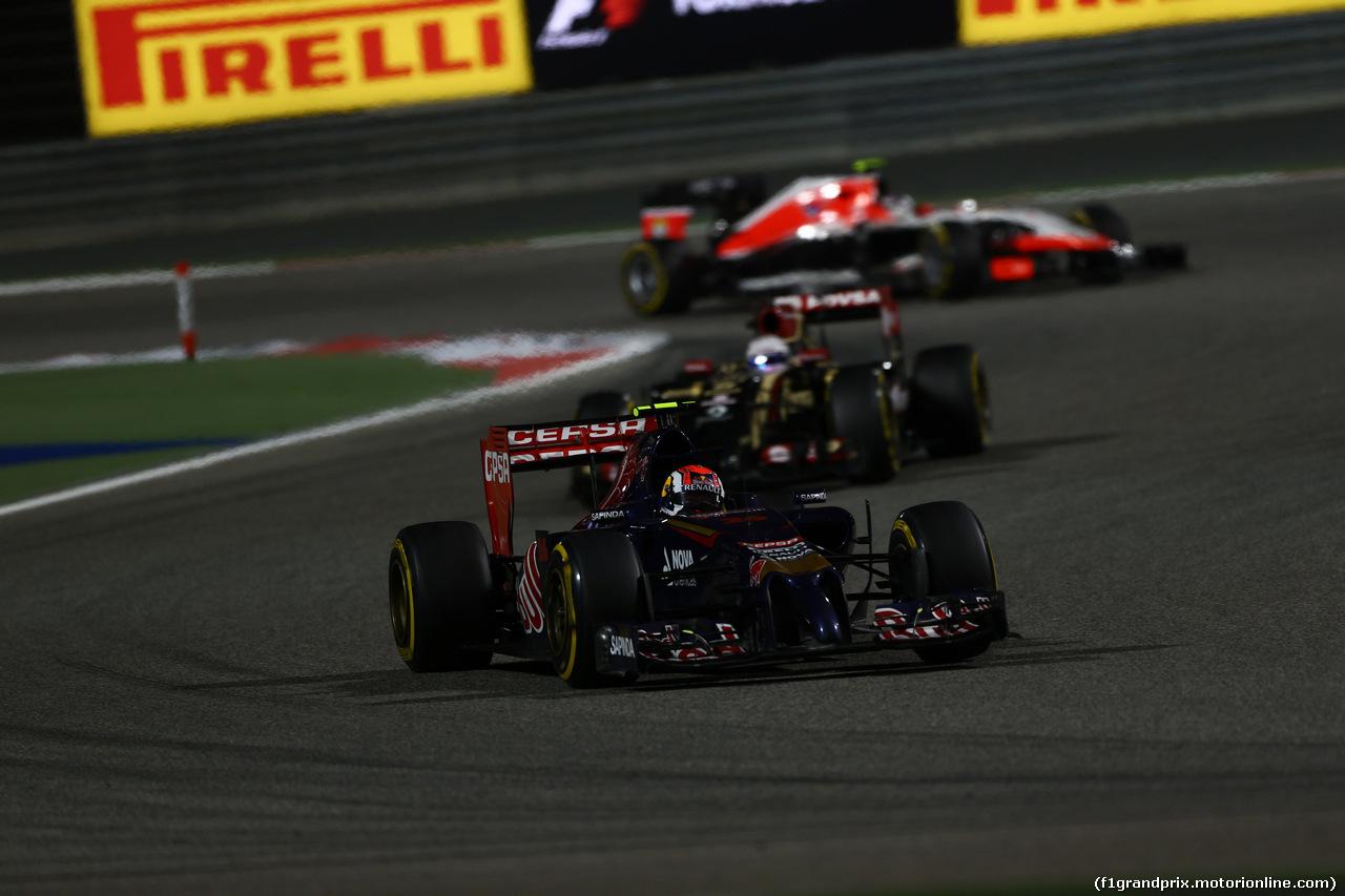 GP BAHRAIN, 06.04.2014- Gara, Daniil Kvyat (RUS) Scuderia Toro Rosso STR9