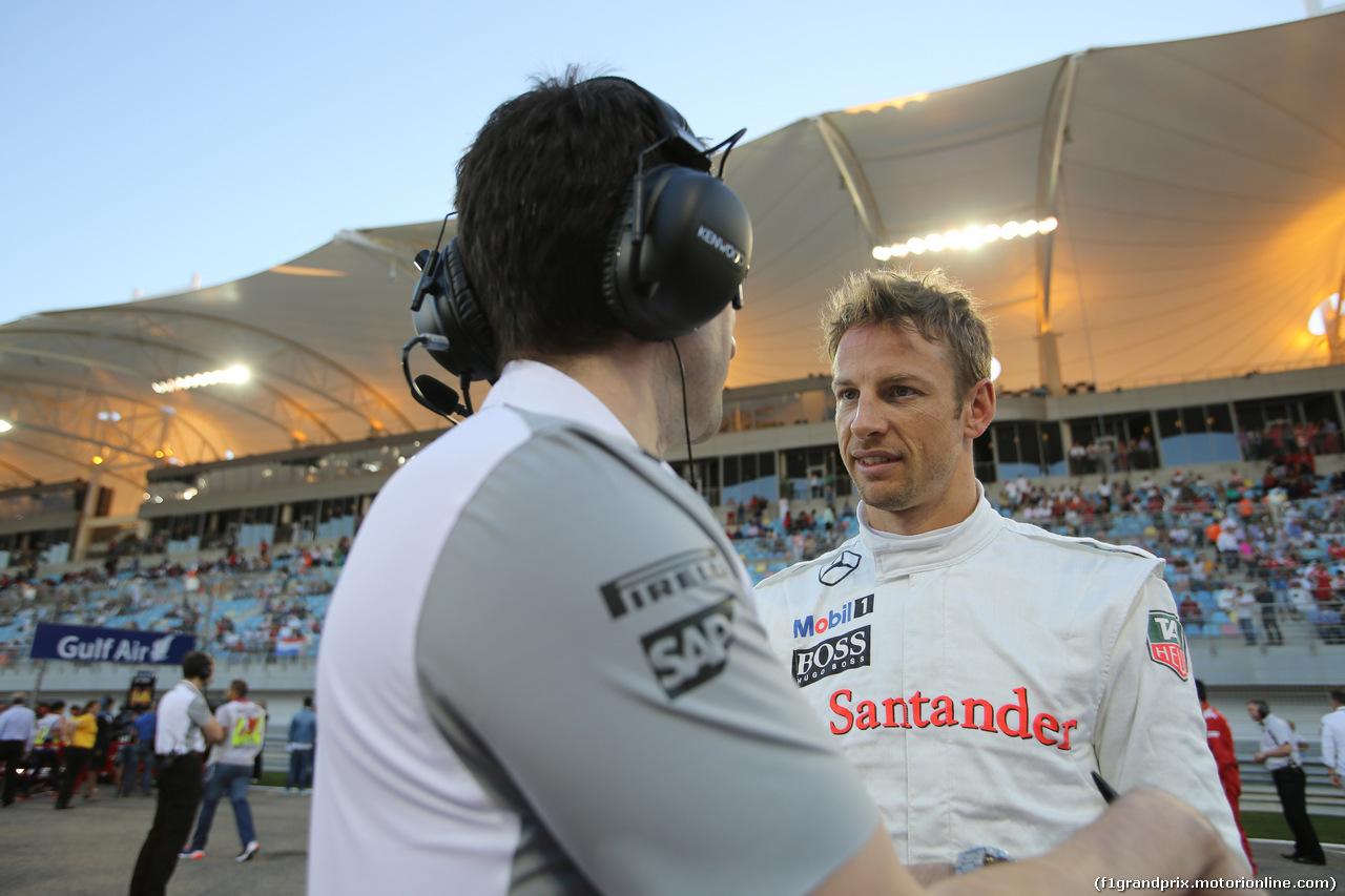 GP BAHRAIN, 06.04.2014- Gara, Jenson Button (GBR) McLaren Mercedes MP4-29