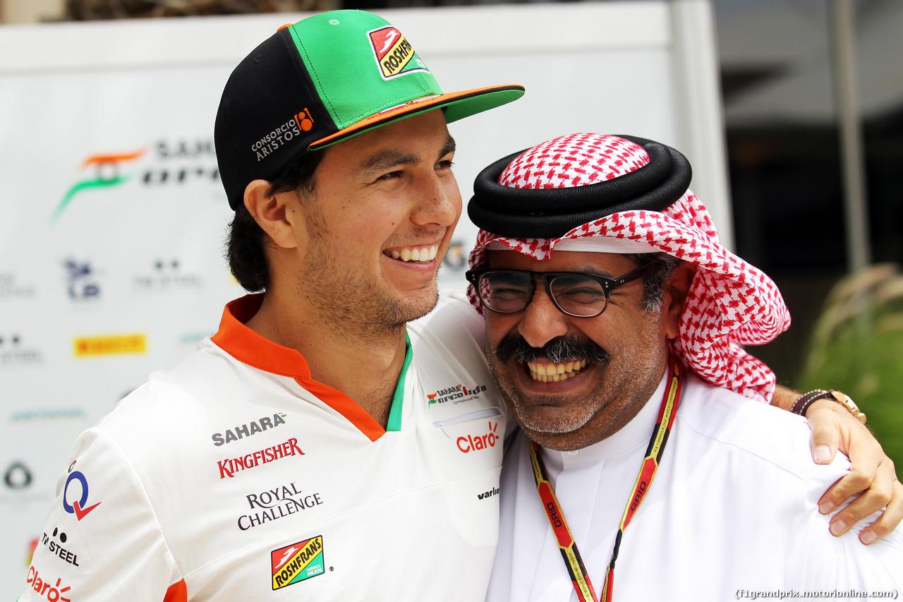 GP BAHRAIN, (L to R): Sergio Perez (MEX) Sahara Force India F1 with Muhammed Al Khalifa (BRN) Bahrain Circuit Chairman. 03.04.2014. Formula 1 World Championship, Rd 3, Bahrain Grand Prix, Sakhir, Bahrain, Preparation Day.