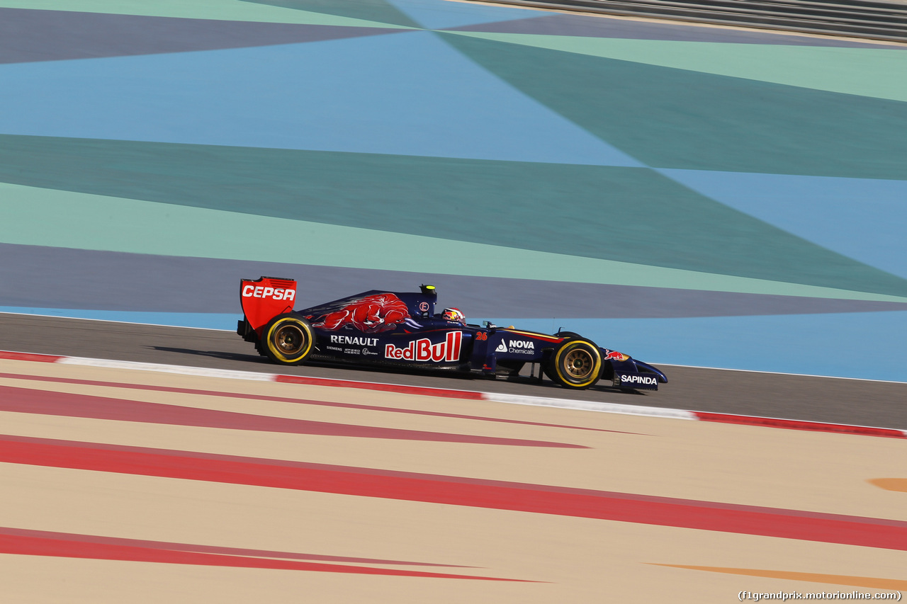 GP BAHRAIN, 05.04.2014- Free practice 3, Daniil Kvyat (RUS) Scuderia Toro Rosso STR9