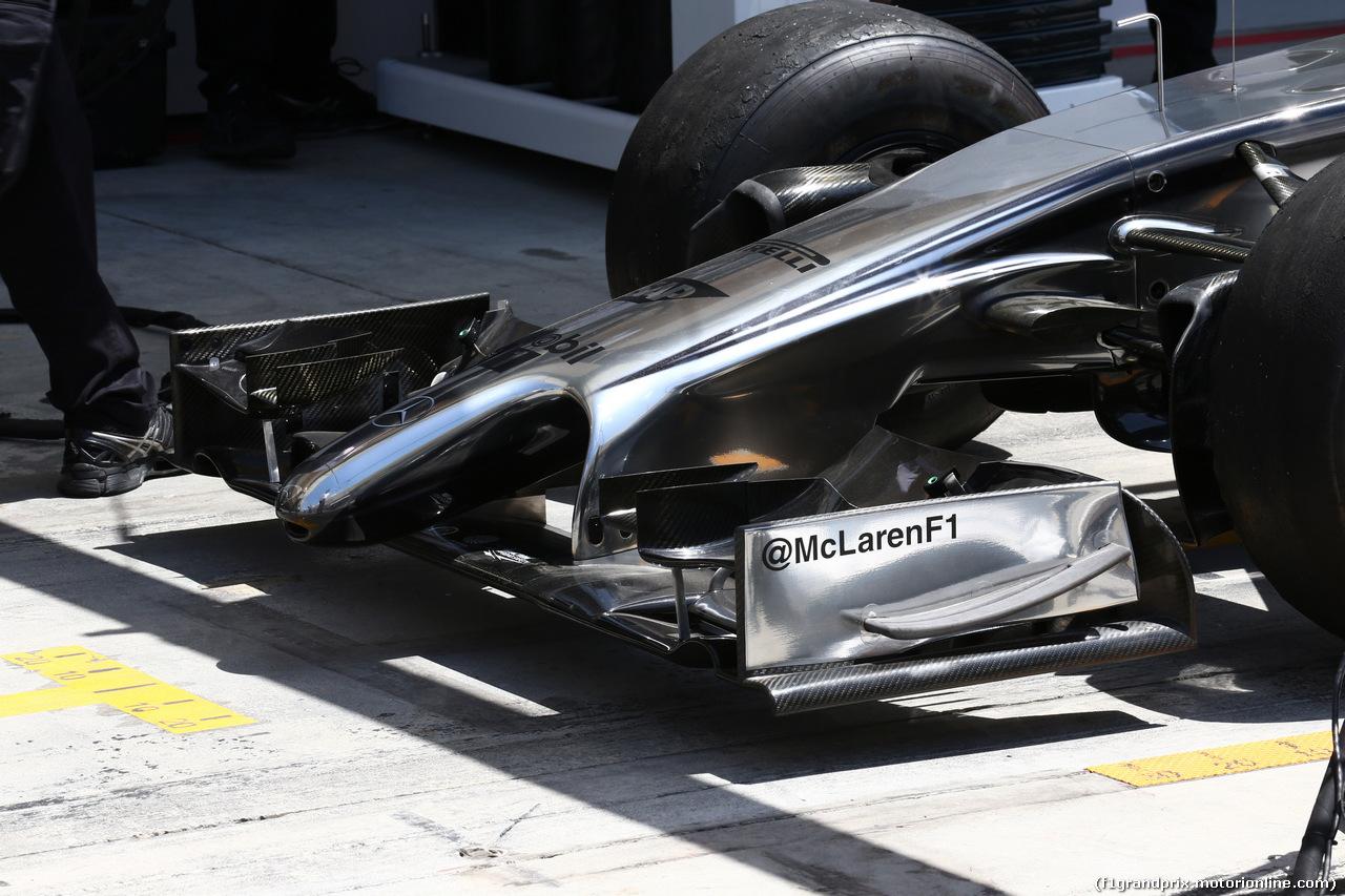 GP BAHRAIN, 05.04.2014- McLaren Frontal Wing