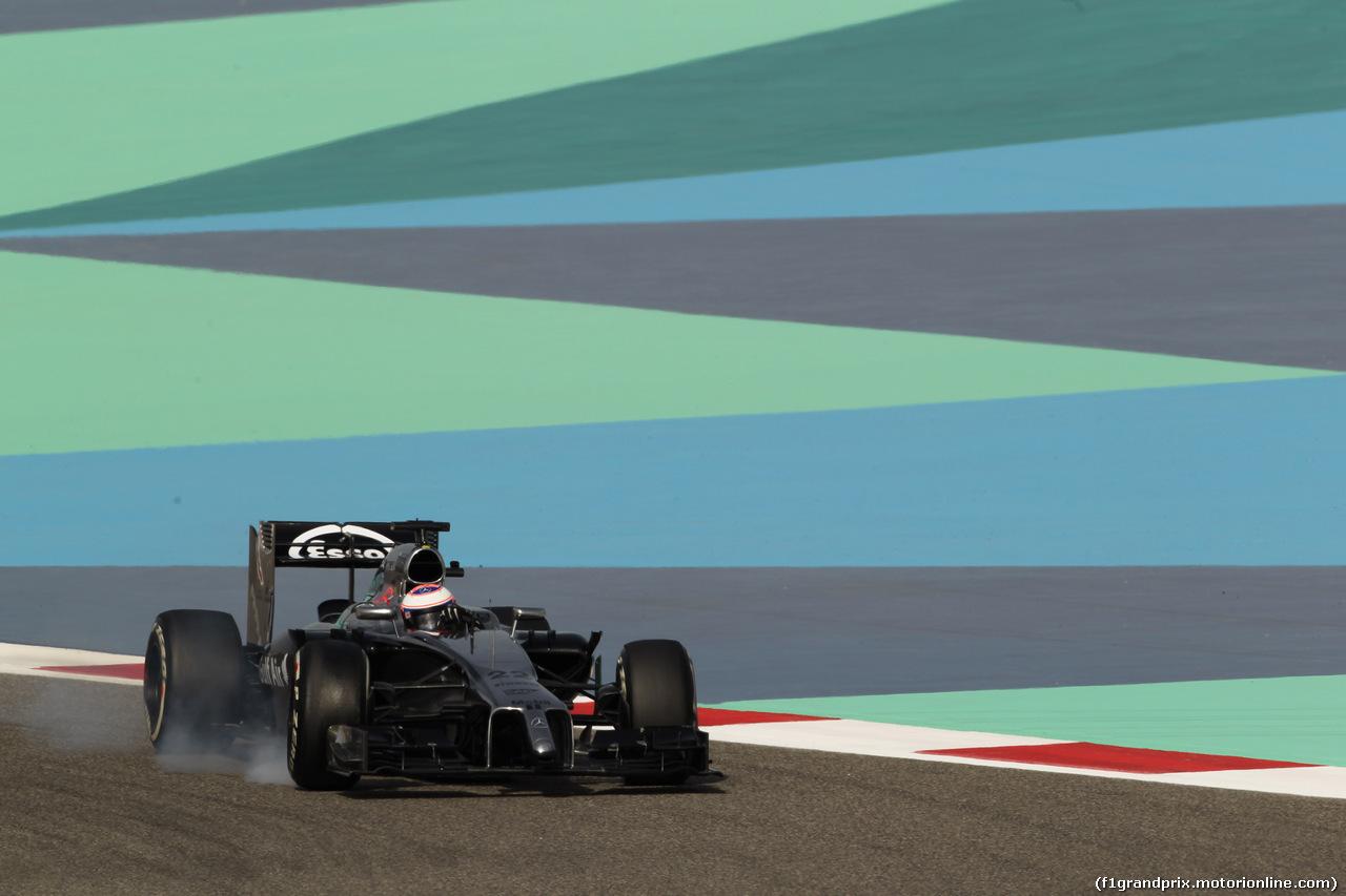 GP BAHRAIN, 04.04.2014- Prove Libere 1, Jenson Button (GBR) McLaren Mercedes MP4-29