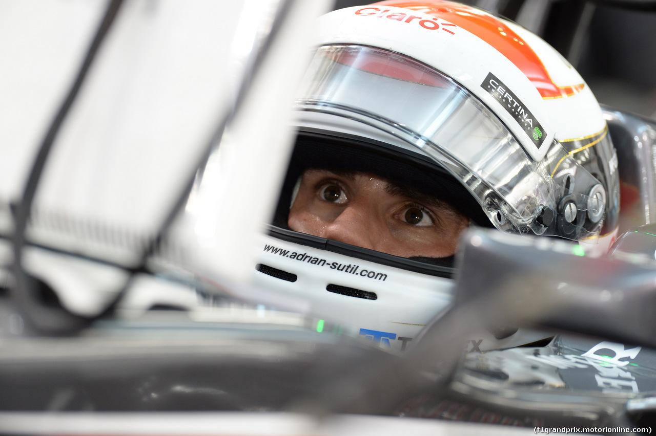 GP BAHRAIN, 04.04.2014- Prove Libere 2, Adrian Sutil (GER) Sauber F1 Team C33