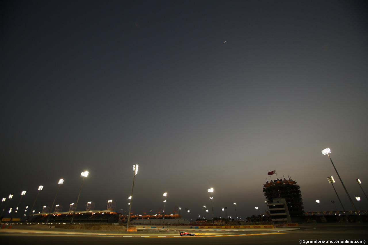 GP BAHRAIN, 04.04.2014- Prove Libere 2, Max Chilton (GBR), Marussia F1 Team MR03