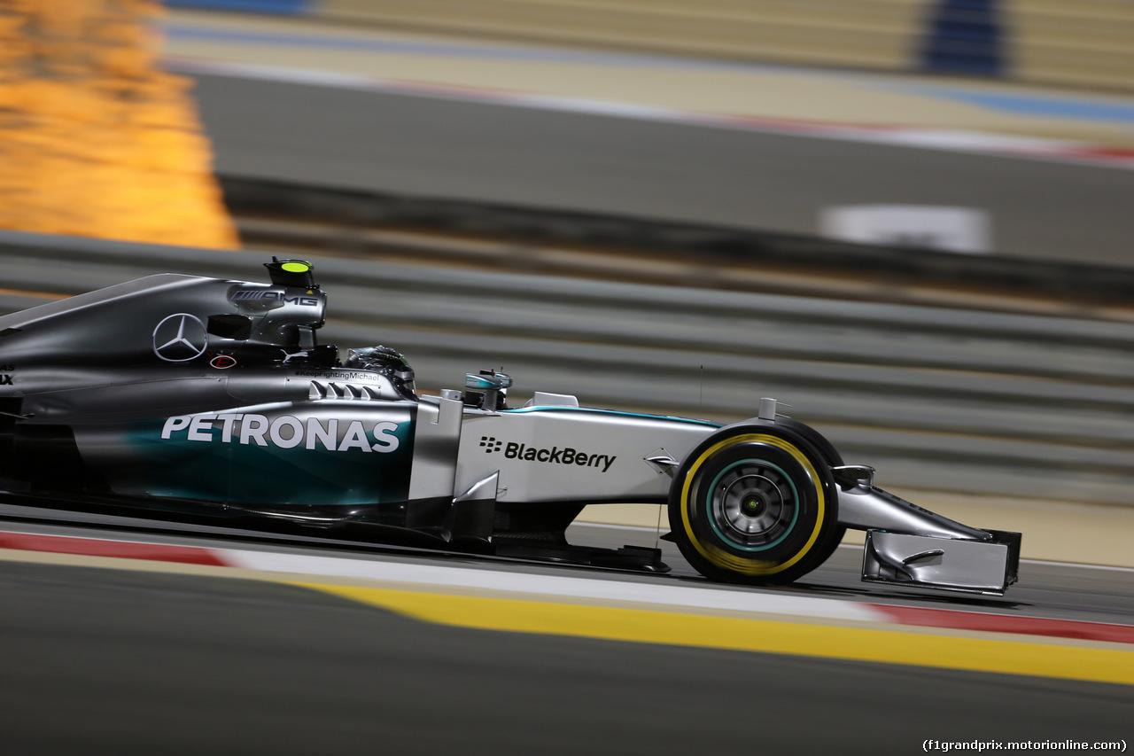 GP BAHRAIN, 04.04.2014- Prove Libere 2, Nico Rosberg (GER) Mercedes AMG F1 W05