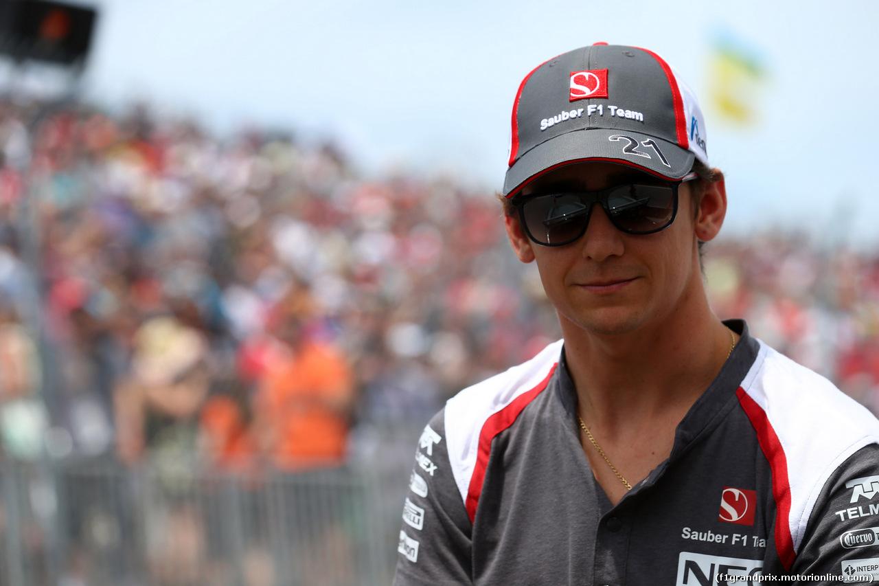 GP CANADA, 08.06.2014- Esteban Gutierrez (MEX), Sauber F1 Team C33 at drivers parade