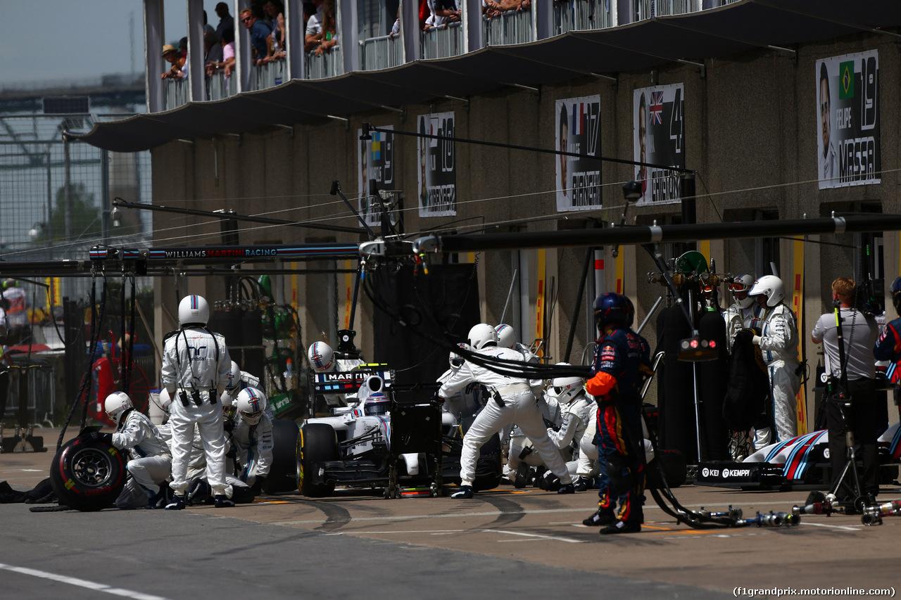 GP CANADA, 08.06.2014- Gara, Pit stop, Valtteri Bottas (FIN) Williams F1 Team FW36
