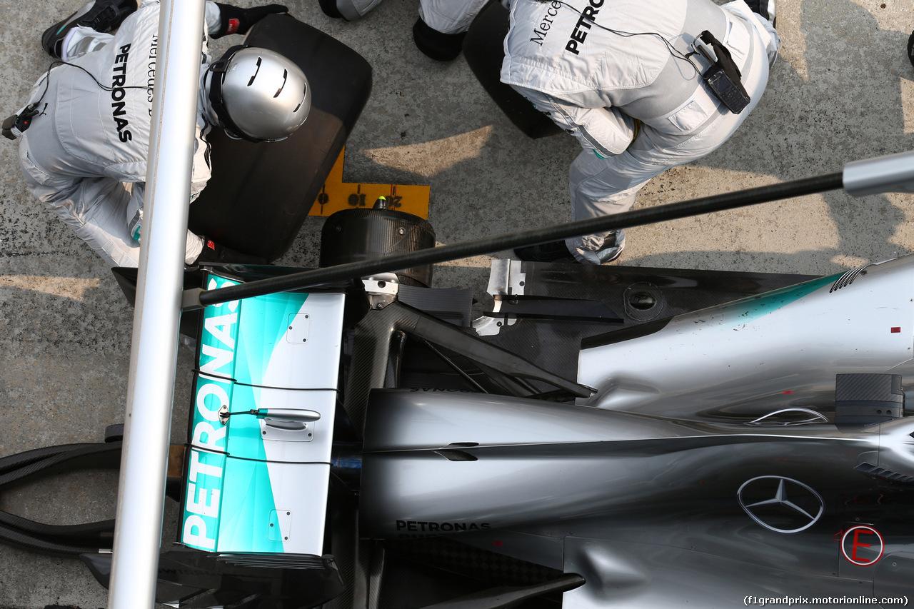 GP MALESIA, 30.03.2014 - Gara, Pit stop, Lewis Hamilton (GBR) Mercedes AMG F1 W05