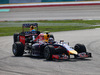 GP MALESIA, 30.03.2014 - Gara, Daniel Ricciardo (AUS) Red Bull Racing RB10 davanti a Sebastian Vettel (GER) Red Bull Racing RB10