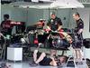 GP MALESIA, 28.03.2014- Free Practice 1, The meccanici Lotus work on the car