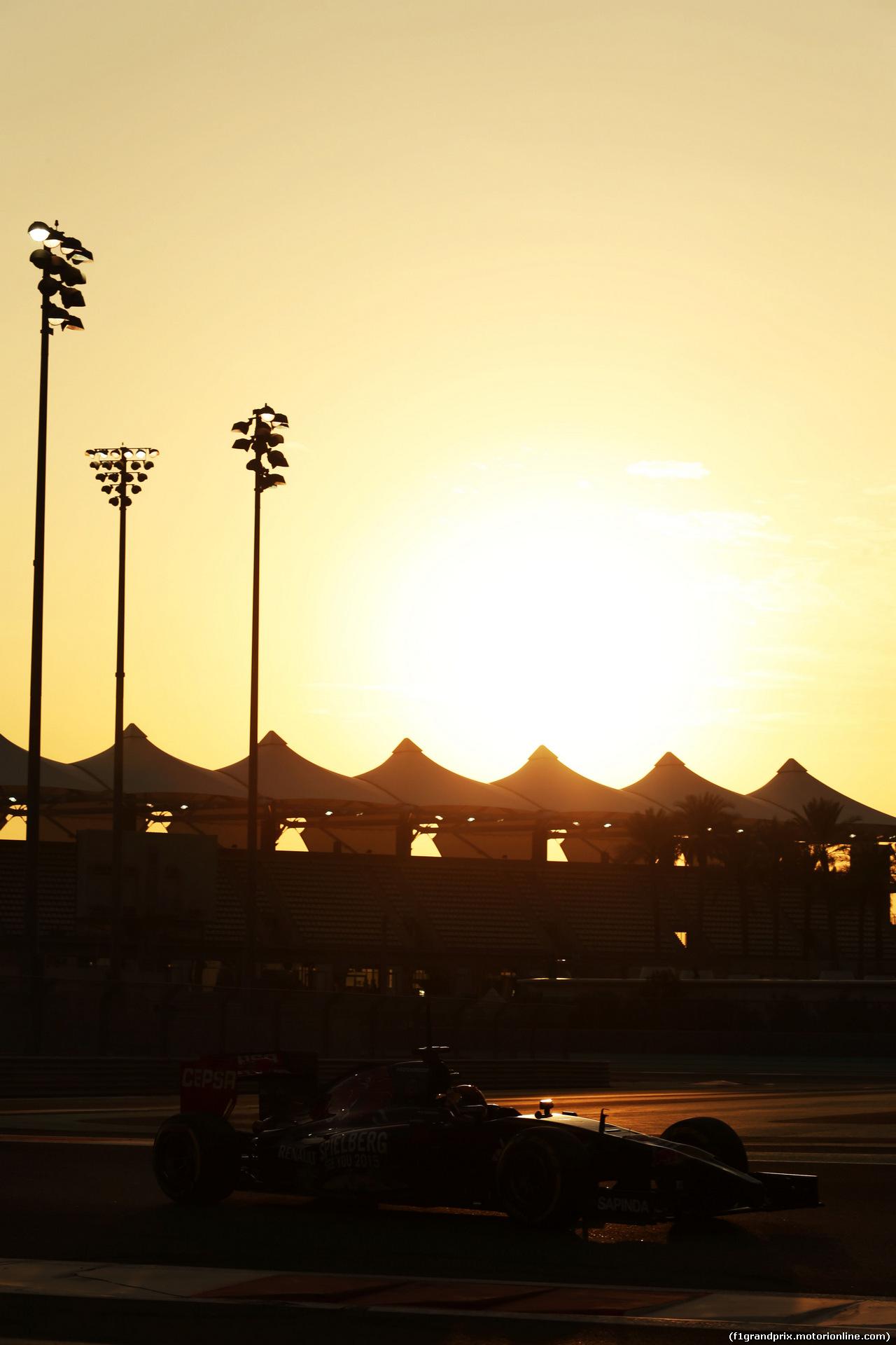 TEST F1 ABU DHABI 25 NOVEMBRE, Max Verstappen (NLD) Scuderia Toro Rosso STR9 Test Driver. 25.11.2014.