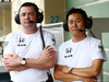 TEST F1 ABU DHABI 25 NOVEMBRE, (L to R): Eric Boullier (FRA) McLaren Racing Director with Yasuhisa Arai (JPN) Honda Motorsport Chief Officer. 25.11.2014.