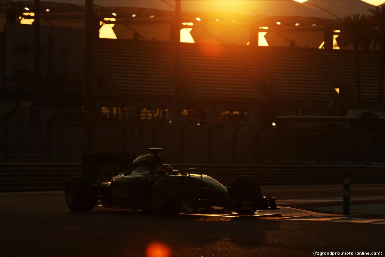 TEST F1 ABU DHABI 26 NOVEMBRE, Will Stevens (GBR) Caterham CT05. 25.11.2014.