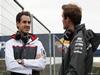 TEST F1 JEREZ 29 GENNAIO, (L to R): Adrian Sutil (GER) Sauber with Giedo van der Garde (NLD) Sauber Reserve Driver. 29.01.2014. Formula One Testing, Day Two, Jerez, Spain.
