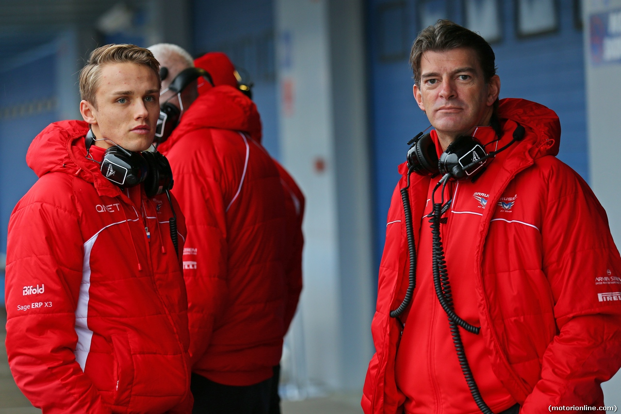 TEST F1 JEREZ 31 GENNAIO, (L to R): Max Chilton (GBR) Marussia F1 Team with Graeme Lowdon (GBR) Marussia F1 Team Chief Executive Officer. 31.01.2014. Formula One Testing, Day Four, Jerez, Spain.