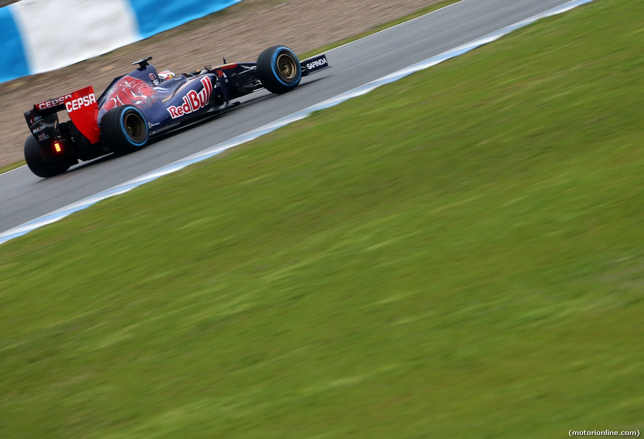 TEST F1 JEREZ 31 GENNAIO, Daniil Kvyat (RUS), Scuderia Toro Rosso  31.01.2014. Formula One Testing, Day Four, Jerez, Spain.