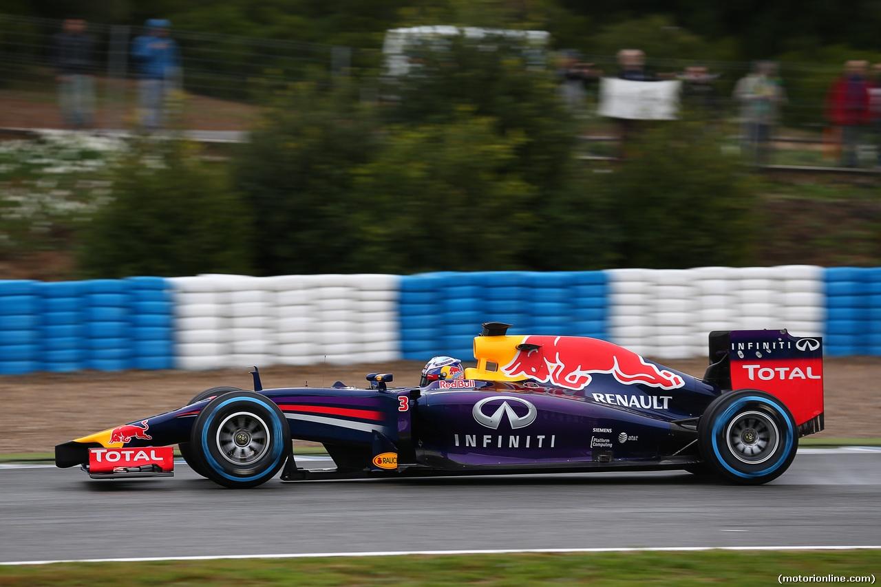 TEST F1 JEREZ 31 GENNAIO, Daniel Ricciardo (AUS) Red Bull Racing RB10. 31.01.2014. Formula One Testing, Day Four, Jerez, Spain.