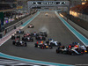 GP ABU DHABI, 29.11.2015 - Gara, Start of the race, Nico Hulkenberg (GER) Sahara Force India F1 VJM08, Daniel Ricciardo (AUS) Red Bull Racing RB11 e Valtteri Bottas (FIN) Williams F1 Team FW37