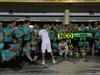 GP BAHRAIN, 19.04.2015 - Gara, Festeggiamenti, Lewis Hamilton (GBR) Mercedes AMG F1 W06 vincitore