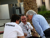GP BAHRAIN, 16.04.2015 - (L-R) Toto Wolff (GER) Mercedes AMG F1 Shareholder e Executive Director, Paddy Lowe (GBR) Mercedes AMG F1 Executive Director e Bernie Ecclestone (GBR), President e CEO of FOM