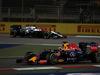 GP BAHRAIN, 18.04.2015 - Qualifiche, Daniel Ricciardo (AUS) Red Bull Racing RB11
