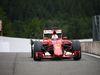 GP BELGIO, 23.08.2015 - Gara, Sebastian Vettel (GER) Ferrari SF15-T with a puncture