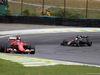 GP BRASILE, 15.11.2015 - Gara, Kimi Raikkonen (FIN) Ferrari SF15-T e Fernando Alonso (ESP) McLaren Honda MP4-30