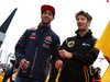GP GRAN BRETAGNA, 05.07.2015 - Daniel Ricciardo (AUS) Red Bull Racing RB11 e Romain Grosjean (FRA) Lotus F1 Team E23