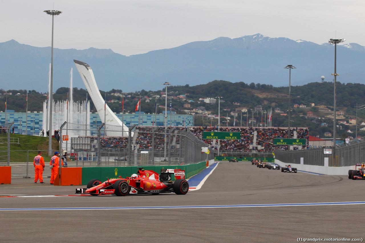 GP RUSSIA, 11.10.2015 - Gara, Sebastian Vettel (GER) Ferrari SF15-T