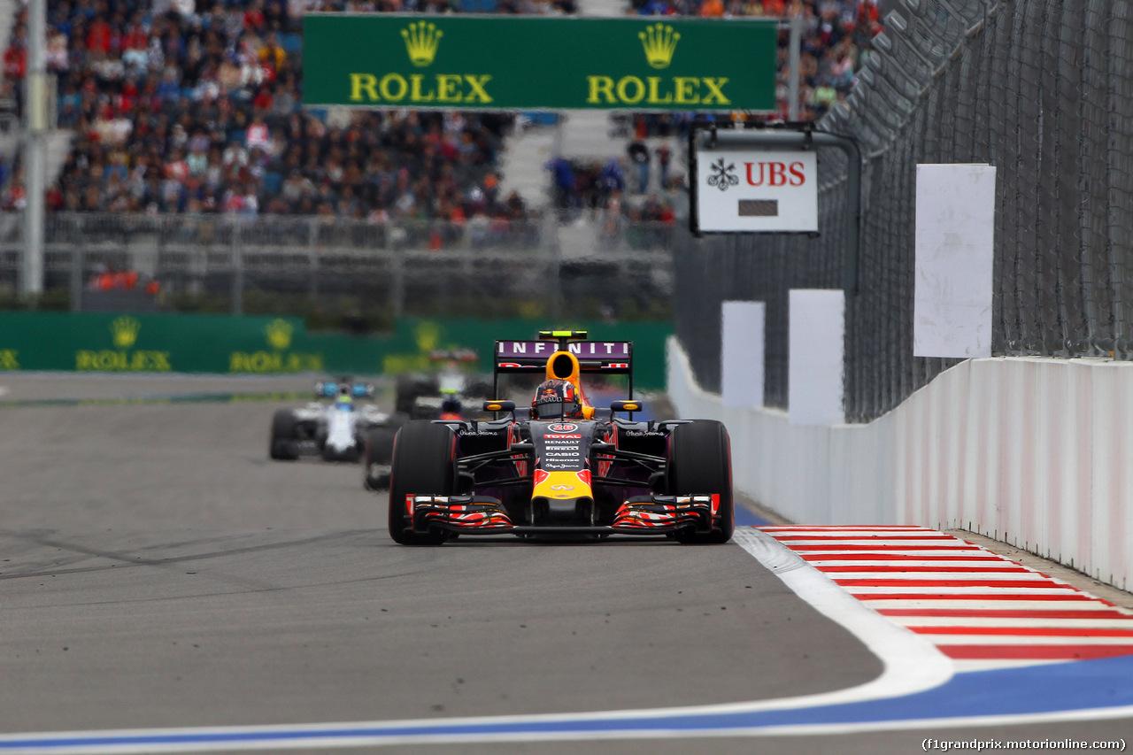 GP RUSSIA, 11.10.2015 - Gara, Daniil Kvyat (RUS) Red Bull Racing RB11