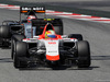 GP SPAGNA, 10.05.2015- Gara, Roberto Merhi (ESP) Manor Marussia F1 Team e Nico Hulkenberg (GER) Sahara Force India F1 VJM08