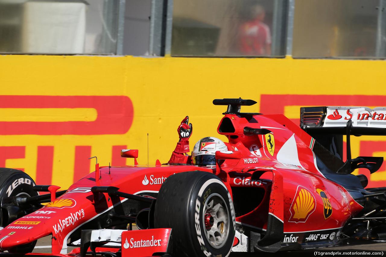 GP UNGHERIA, 26.07.2015 - Gara, Sebastian Vettel (GER) Ferrari SF15-T vincitore