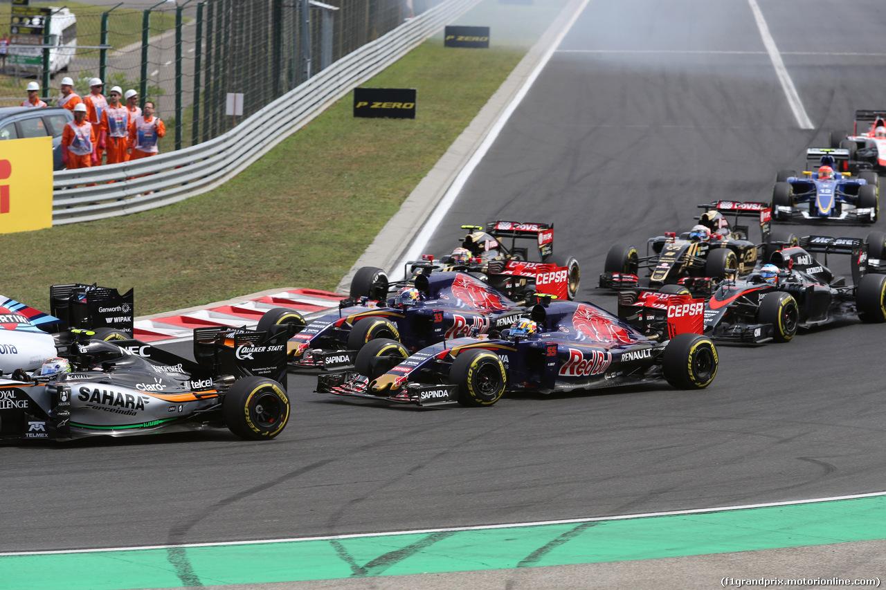 GP UNGHERIA, 26.07.2015 - Gara, Start of the race, Carlos Sainz Jr (ESP) Scuderia Toro Rosso STR10