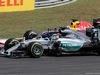 GP UNGHERIA, 26.07.2015 - Gara, Lewis Hamilton (GBR) Mercedes AMG F1 W06 e Daniel Ricciardo (AUS) Red Bull Racing RB11