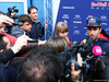 TEST F1 JEREZ 3 FEBBRAIO, Daniel Ricciardo (AUS) Red Bull Racing with the media. 03.02.2015.