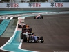 GP ABU DHABI, 27.11.2016 - Gara, Felipe Nasr (BRA) Sauber C34 davanti a Romain Grosjean (FRA) Haas F1 Team VF-16