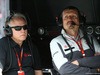 GP AUSTRALIA, 19.03.2016 - Free Practice 3, (L-R) Gene Haas (USA), head of the Haas F1 Team e Guenther Steiner (ITA) Haas F1 Team Prinicipal