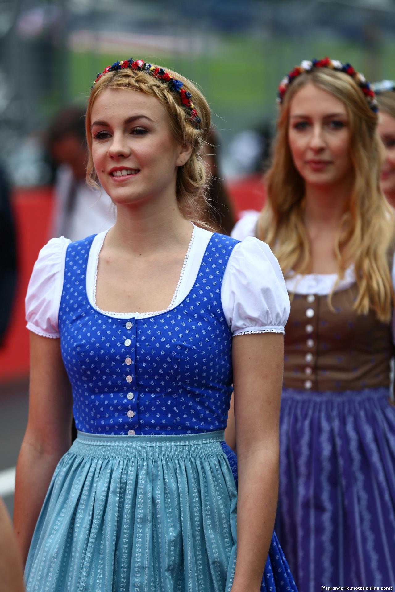 GP AUSTRIA, 03.07.2016 - Drivers Parade, griglia girls