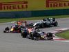 GP CINA, 17.04.2016 - Gara, Carlos Sainz Jr (ESP) Scuderia Toro Rosso STR11 davanti a Daniel Ricciardo (AUS) Red Bull Racing RB12