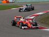 GP CINA, 17.04.2016 - Gara, Kimi Raikkonen (FIN) Ferrari SF16-H davanti a Lewis Hamilton (GBR) Mercedes AMG F1 W07 Hybrid