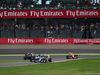 GP GIAPPONE, 09.10.2016 - Gara, Felipe Nasr (BRA) Sauber C34 davanti a Sebastian Vettel (GER) Ferrari SF16-H