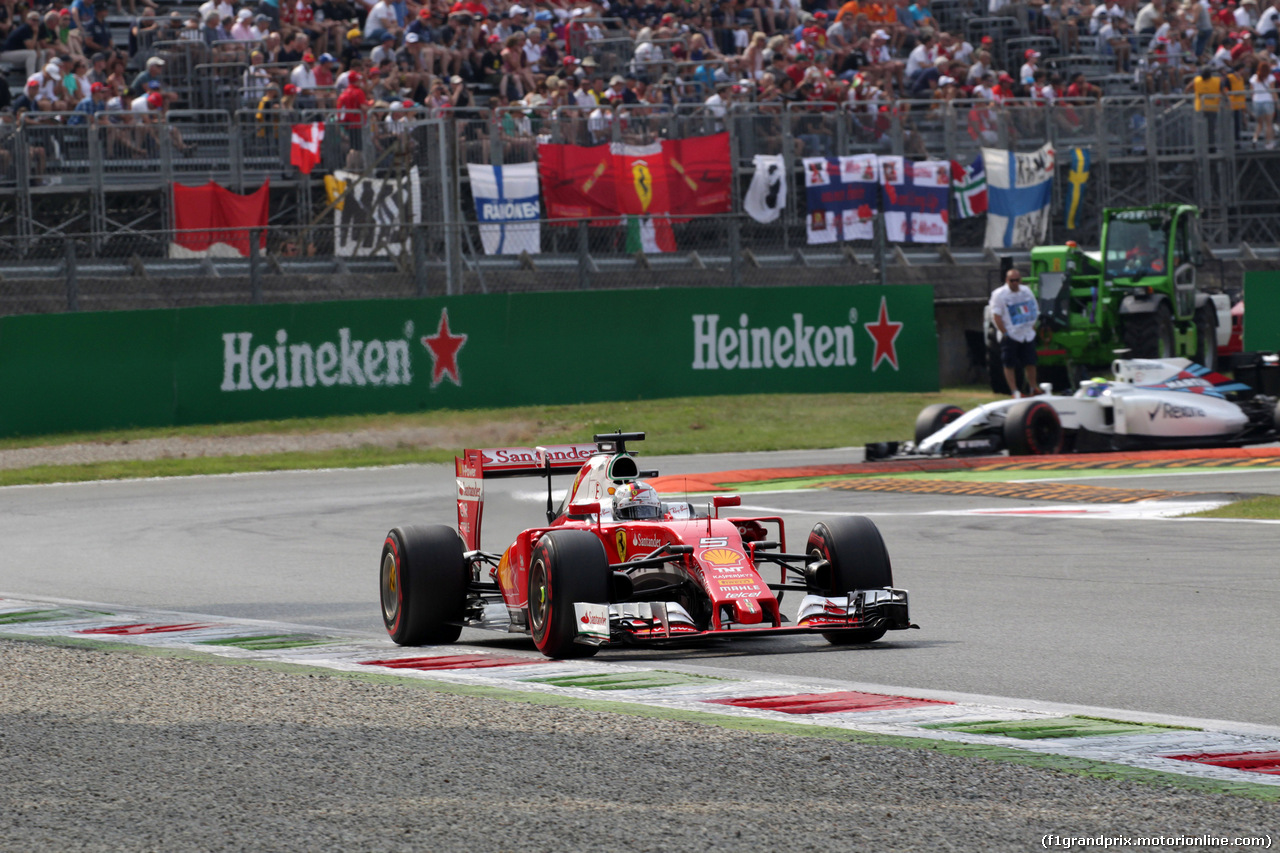 GP ITALIA, 03.09.2016 - Prove Libere 3, Sebastian Vettel (GER) Ferrari SF16-H e Felipe Massa (BRA) Williams FW38