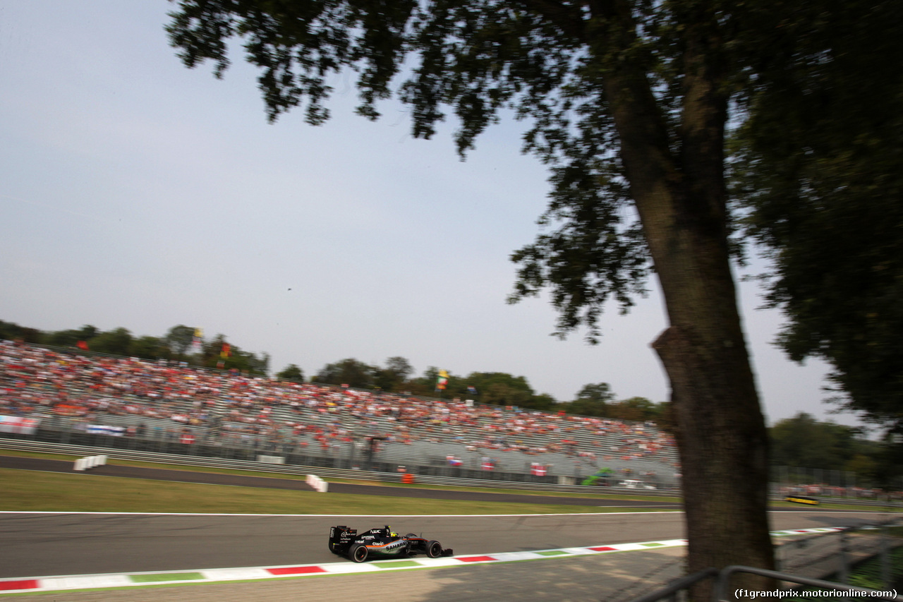 GP ITALIA, 03.09.2016 - Prove Libere 3, Sergio Perez (MEX) Sahara Force India F1 VJM09
