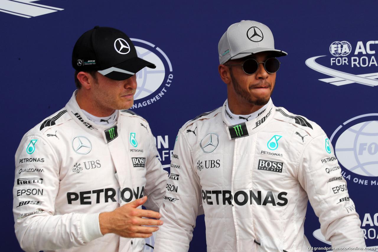 GP ITALIA, 03.09.2016 - Qualifiche, secondo Nico Rosberg (GER) Mercedes AMG F1 W07 Hybrid e Lewis Hamilton (GBR) Mercedes AMG F1 W07 Hybrid pole position