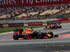 GP SPAGNA, 15.05.2016- Gara 2, Daniel Ricciardo (AUS) Red Bull Racing RB12 e Sebastian Vettel (GER) Ferrari SF16-H