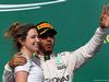 GP USA, 23.10.2016 - Gara, Victoria Vowles e Lewis Hamilton (GBR) Mercedes AMG F1 W07 Hybrid vincitore