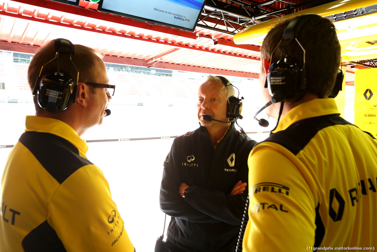 TEST F1 BARCELLONA 17 MAGGIO, Paul Seaby (GBR), Renault Sport F1 Team  17.05.2016.